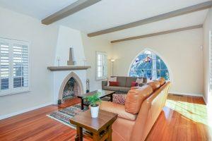Living Room in Eagle Rock Spanish