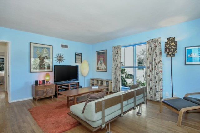 Mid Century in Glassell Park Hills with Views Living Room